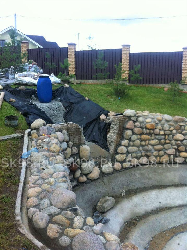 Устройство пруда с водопадом