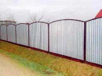 забор из белого профлиста