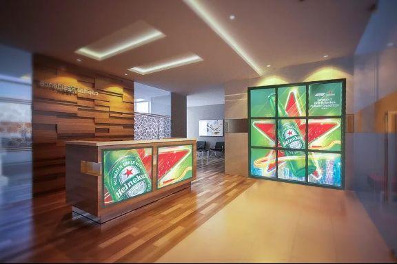 Оформление креативное для ресепшн и входной группы в Отель, Хостел, Гостиницу. Лайт Волл - креативный пресс волл из световых панелей для оформления по цене последнего.