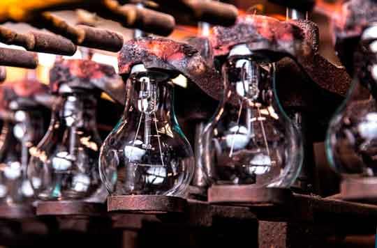 LEADlight лампа накаливания - цоколевание ламп