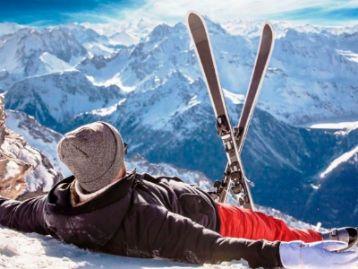 Горнолыжник Альпы