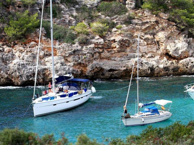 Яхта Испания