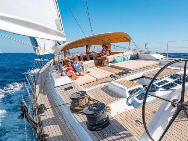 Яхта Италия