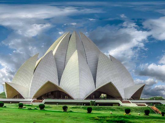 Храм Лотуса в Индии