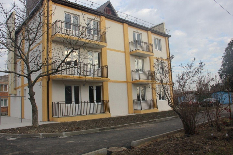 3-х этажный 9 квартирный жилой дом в г. Славянск-на-Кубани, по ул. Промышленной 63/1
