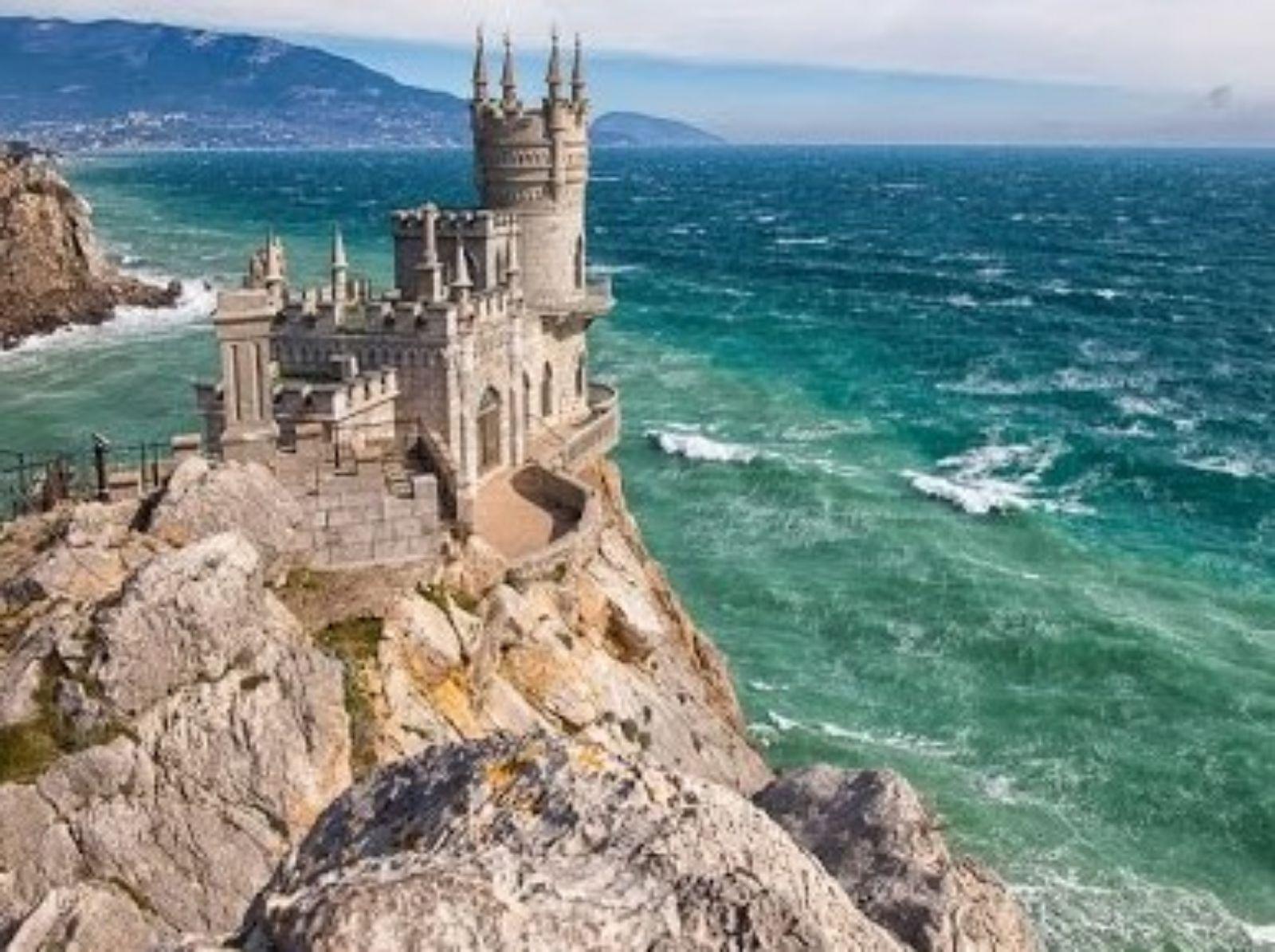 Крым России или Украины