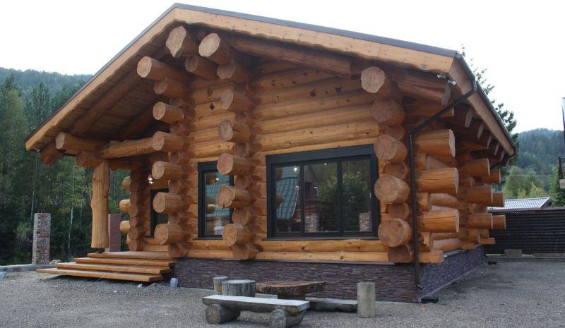 Деревянный жилой дом из сруба
