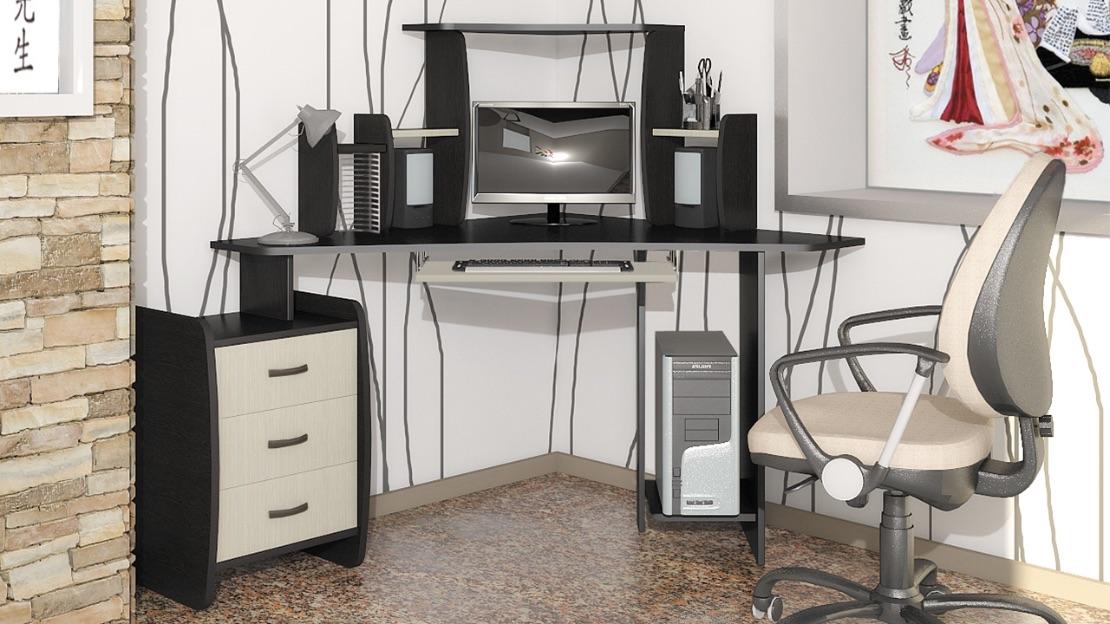 компьютерный стол в квартире
