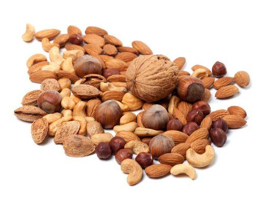 контроль качества и сортировка орехов