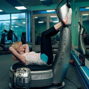 Тренировка виброплатформе Power Plate в Женском Фитнес центре Талия Клуб Оренбург