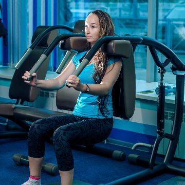 Круговая тренировка - тренажеры на разные группы мышц в Женском Фитнес центре Талия Клуб Оренбург