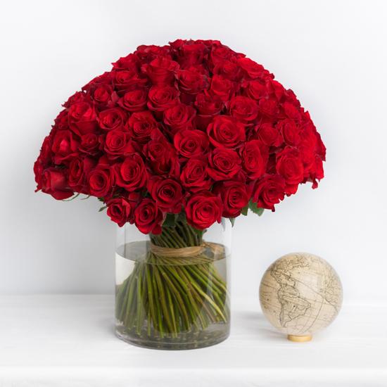Кенийская красная роза 101 штука