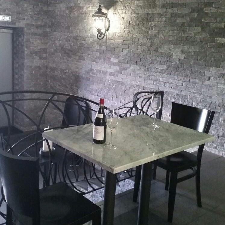 Винотека в Куркино Кирпич из коллекции Хайфа 330