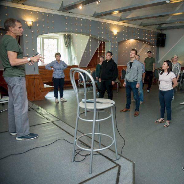 Александр Стогов делится мастерством Цигун