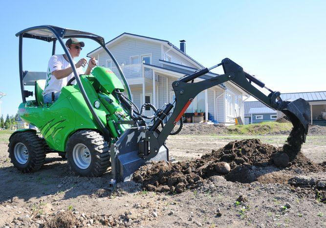 права на мини трактор экскаватор