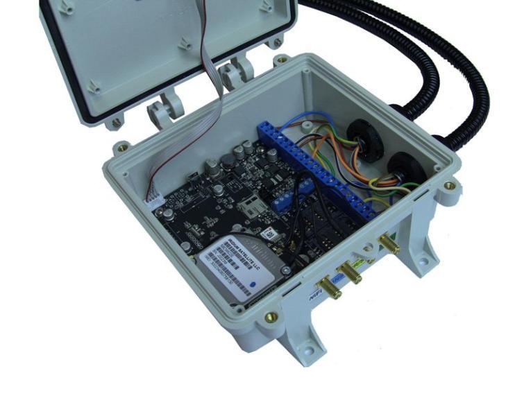 картинка Трекер ГЛОНАСС/GPS Naviset GT50 PRO M.2-IR-2G-ST40KR в комплекте с судовой антенной от ООО СОНАР