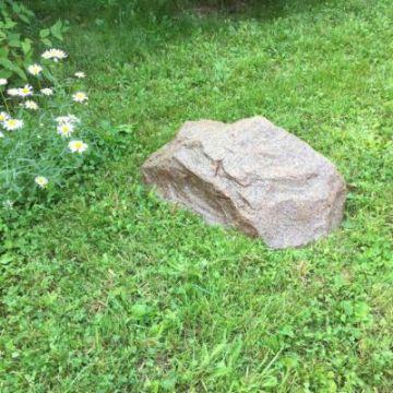 Taidekivi 50 cm punainen graniitti