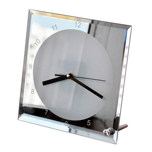 Детальное изображение товара Часы стеклянные с печатью студии mediaprizma