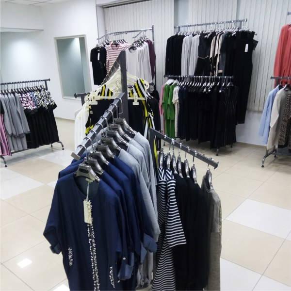 вешала торговые для магазина одежды