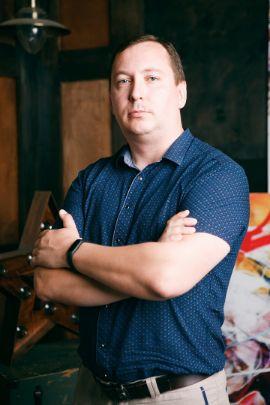 Евгений Хлыстов