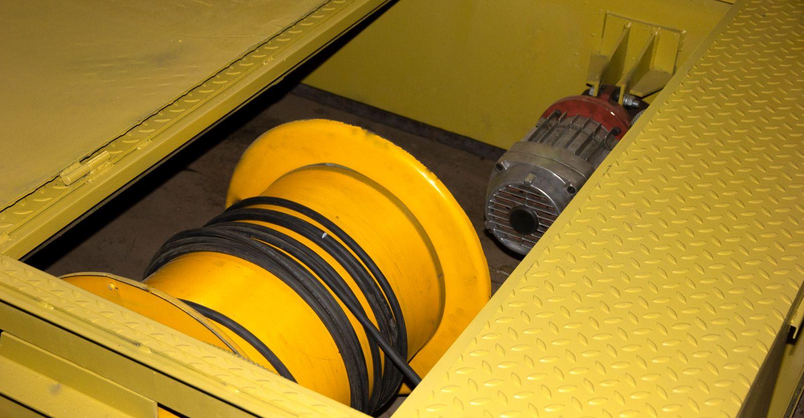 Кабельный барабан для передаточной тележки