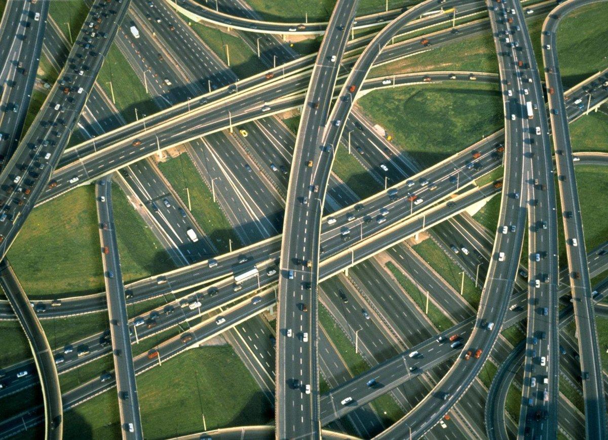 """картинка """"Организация строительства, реконструкции и капитального ремонта линейных объектов"""". Программа повышения квалификации."""
