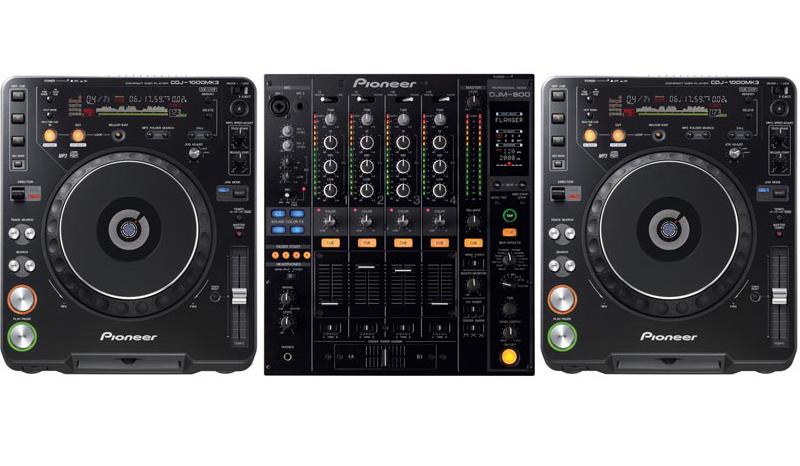 DJ / 1