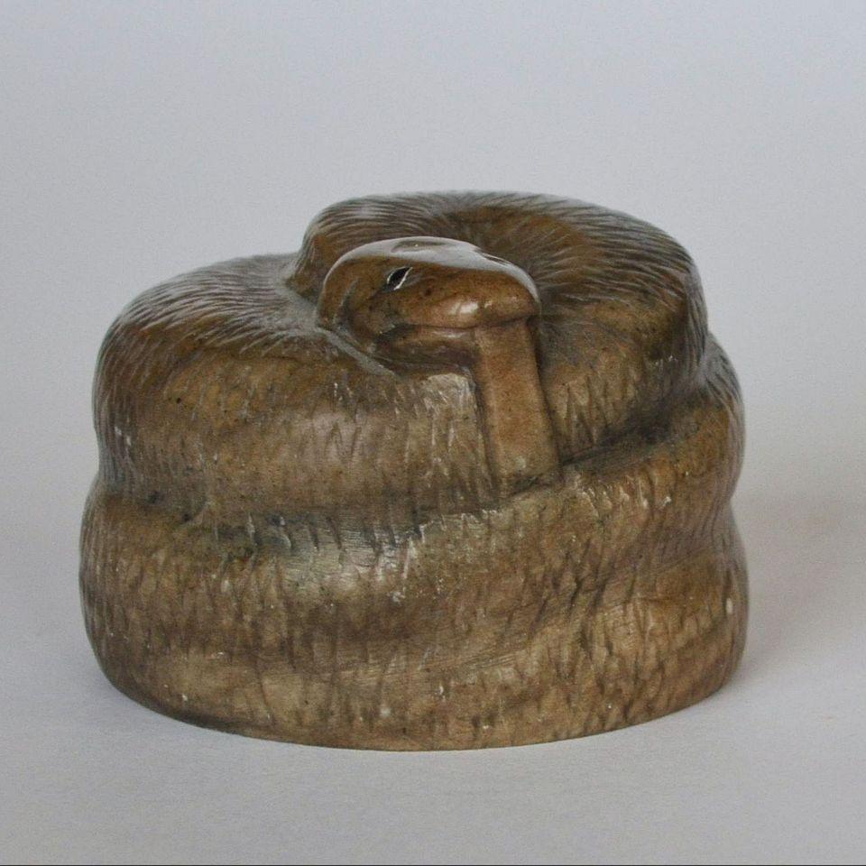 Змея Анаконда камень кальцит