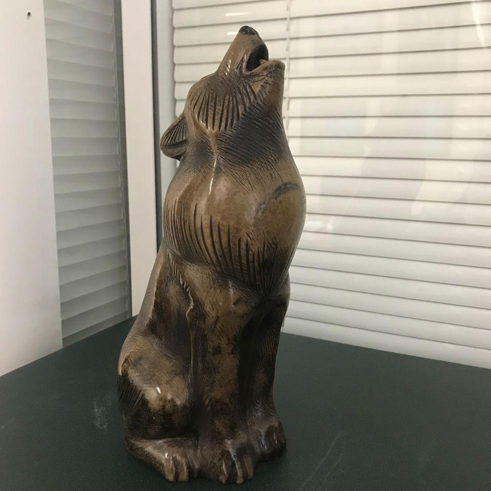 Скульптура Ночной волк камень кальцит