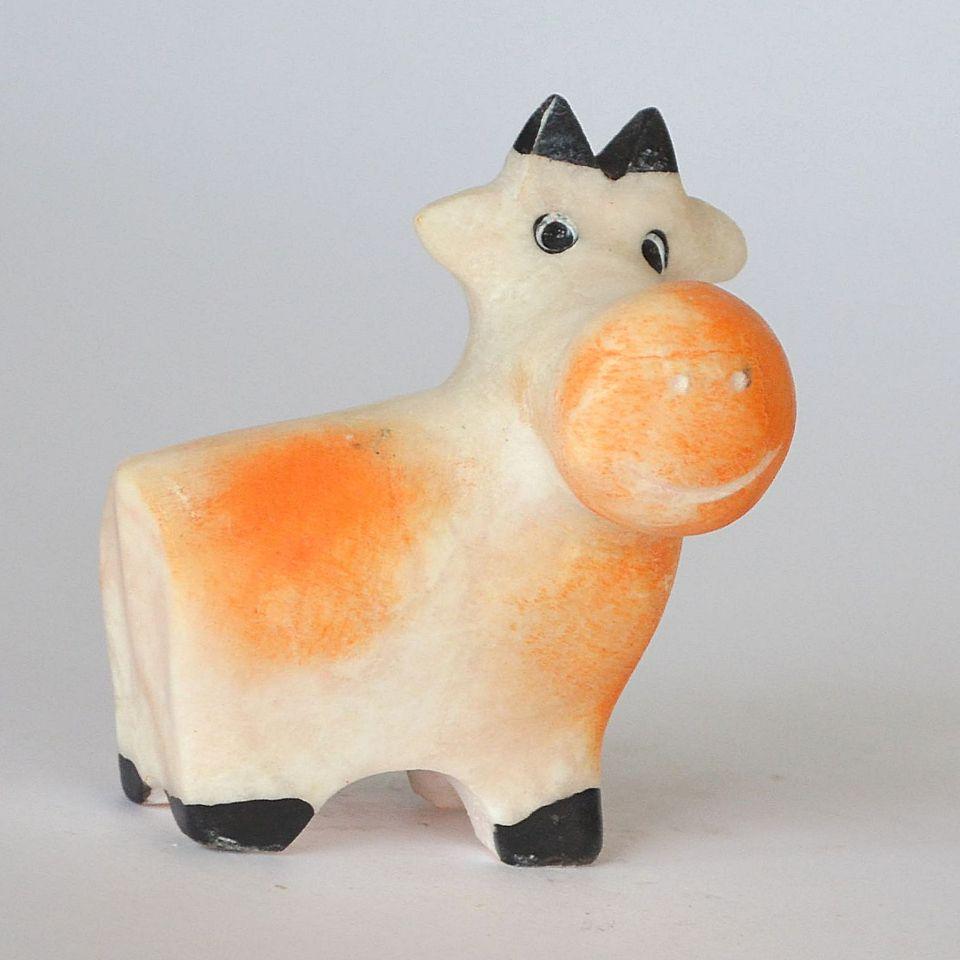 Коровушка, камень ангидрит