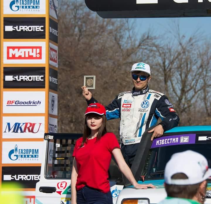 """Команда ГК """"АТС"""" на финишном подиуме гонки """"Золото Кагана"""" в Астрахани."""