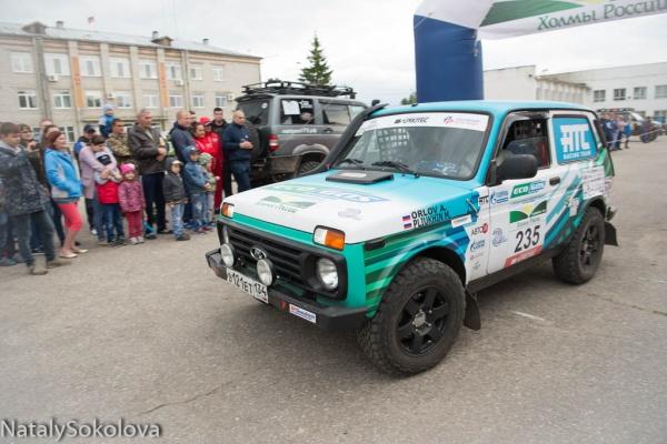 Lada 4x4 CNG Sport на торжественном открытии соревнований в Кузоватово.