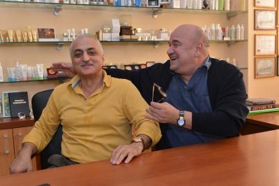 """Клиника """"Гирудок"""". Доктор Вартанов с Никоновым Г.И.<br>"""