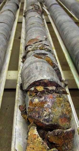 Извлечённый керн при геологоразведке