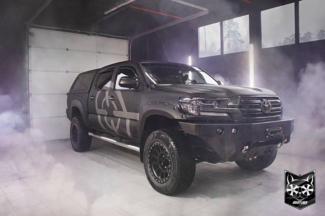 Toyota Tacoma - Антихром элементов экстерьера