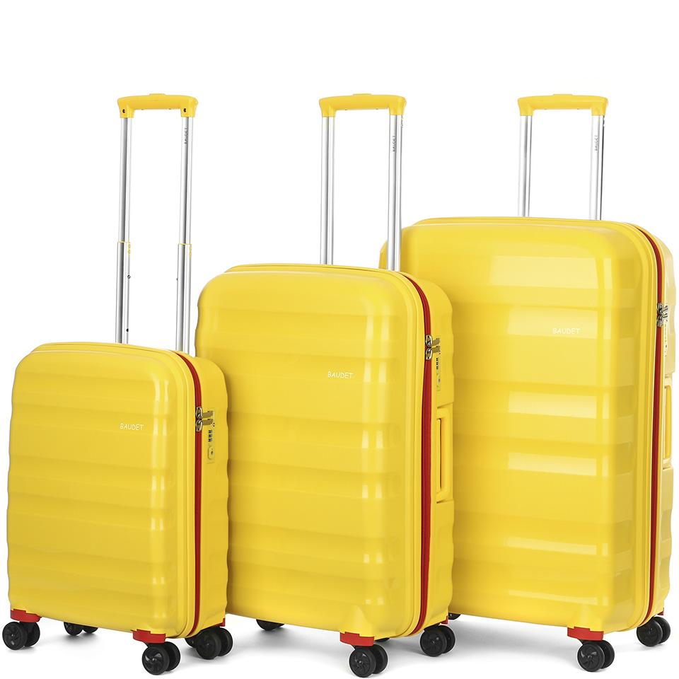 предметная фотосъемка чемоданов