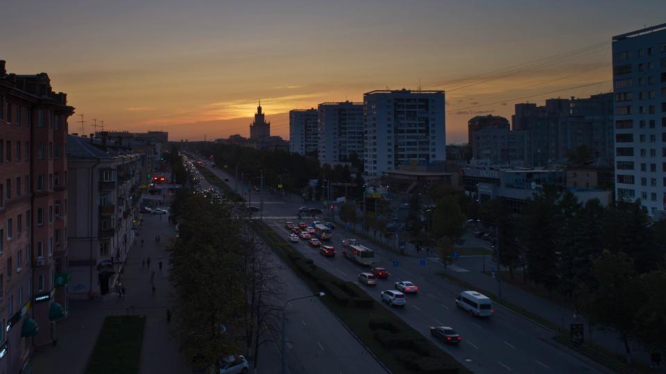 Фото аэросъемки заката на проспекте Ленина