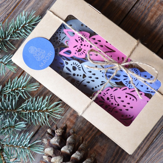 Новогодние подарки: набор ёлочных игрушек из дерева