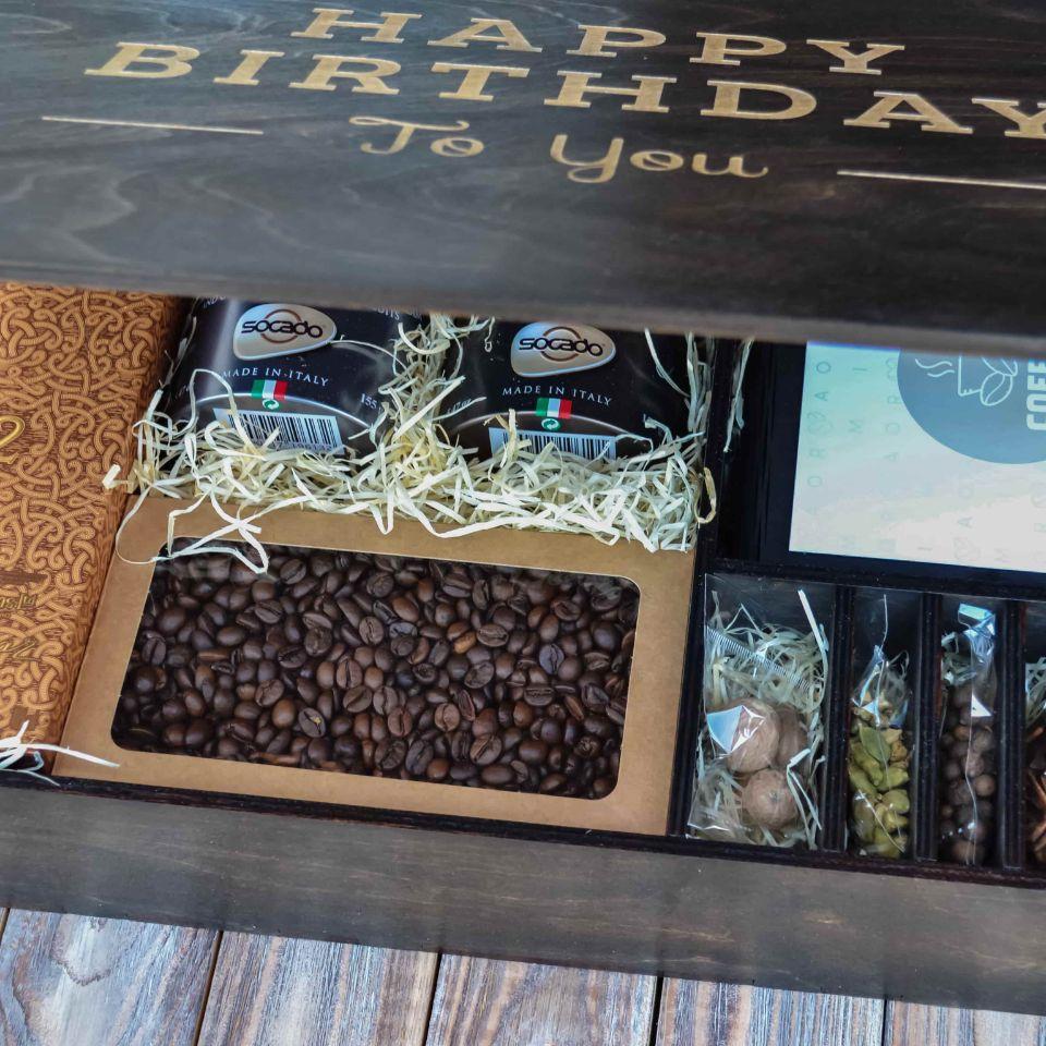 Подарочный набор с алкоголем и конфетами