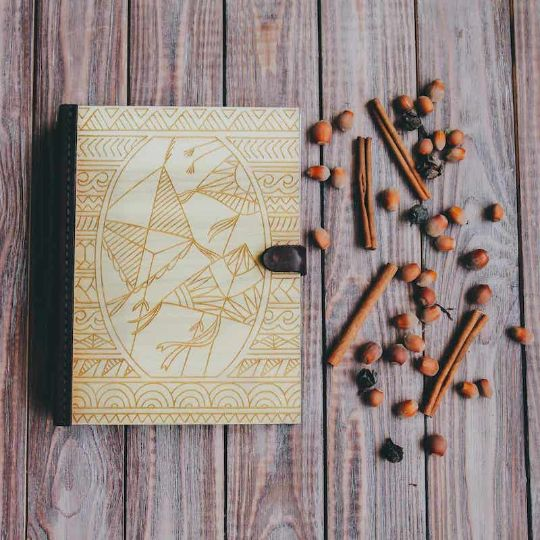 """Скетчбук с деревянной обложкой """"Kites"""""""