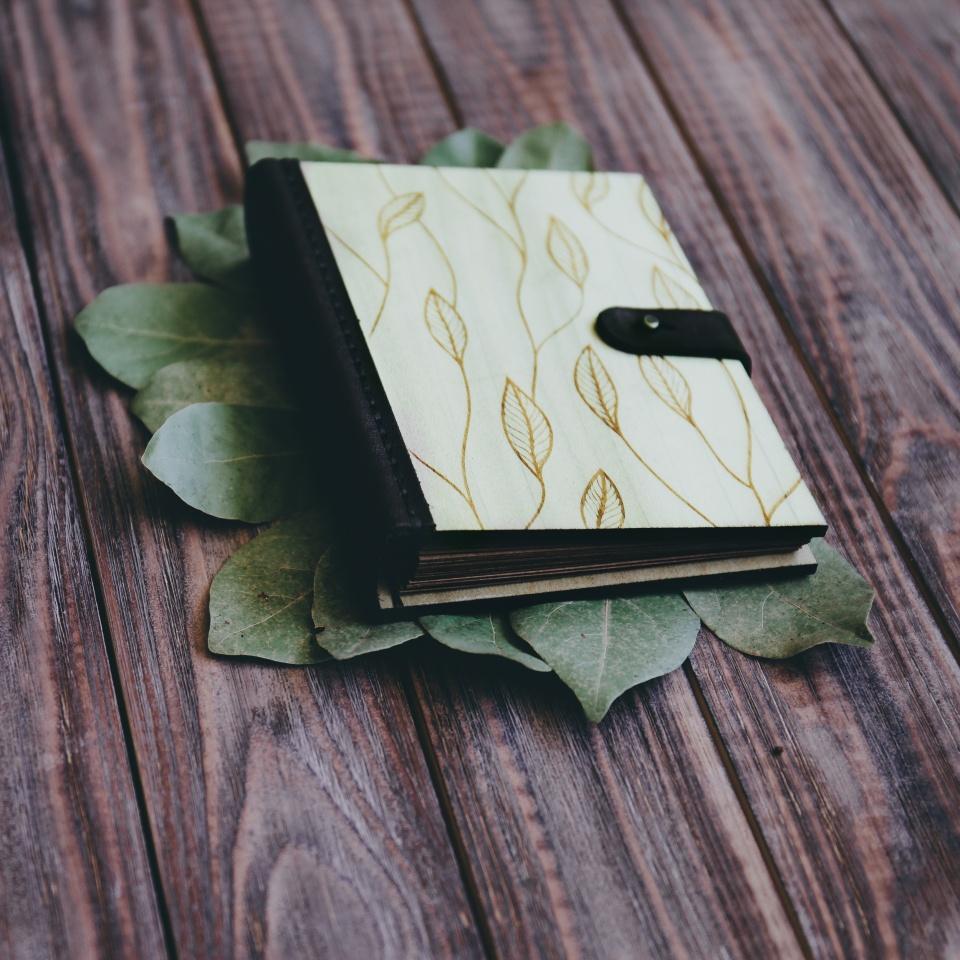 Блокнот из дерева Leaf