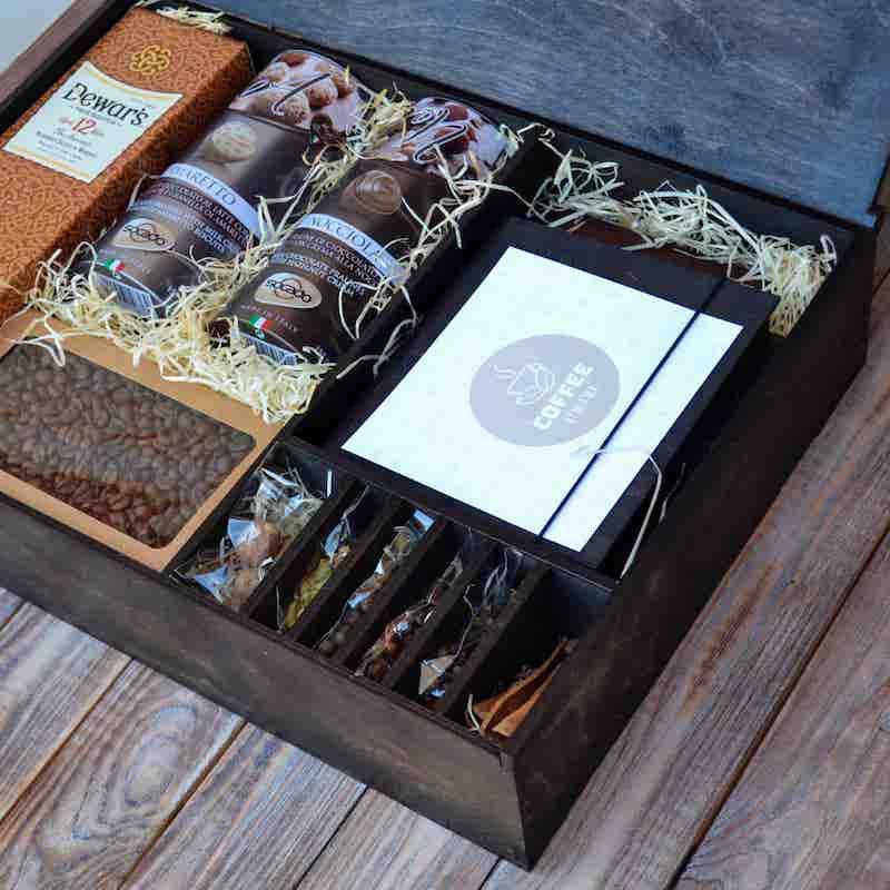 Корпоративные подарки: подарочный набор с алкоголем