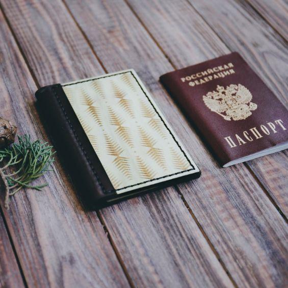 Обложка на паспорт ручной работы
