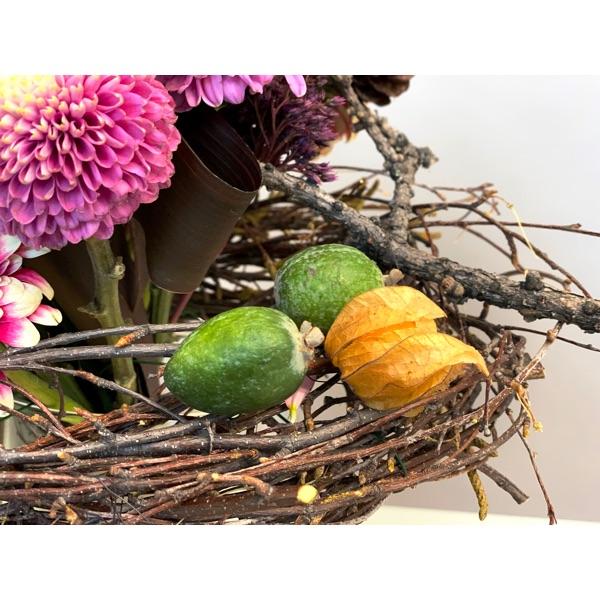 Букет в гнезде. Flowerschool.online