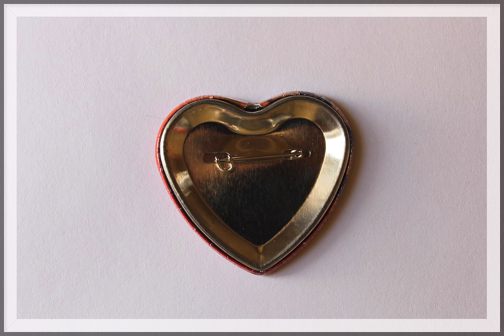 значок закатной сердце