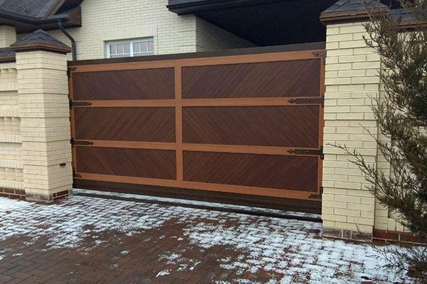 Ворота откатные с облицовкой из алюминияpremium classic