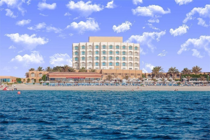 SHARJAH CARLTON HOTEL 4 *