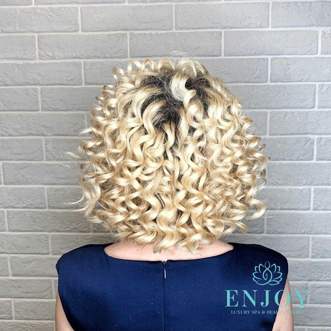 окрашивание волос в москве