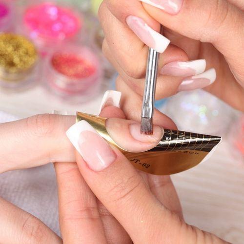Коррекция моделирования ногтей гелем
