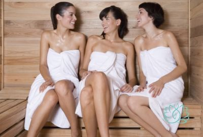 BACHELORETTE PARTY WITH A GUY IN THE SAUNA AND HAMMAM